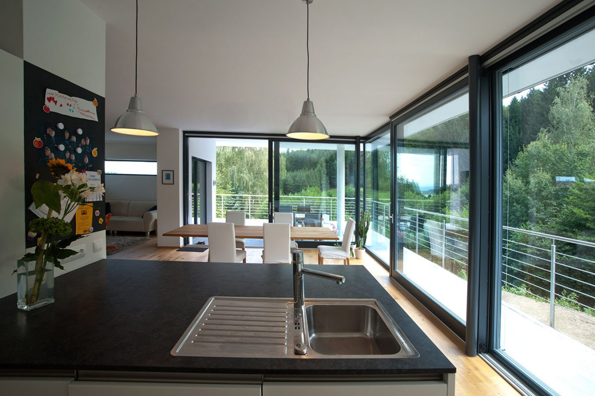 hebeschiebet ren bruckner wien. Black Bedroom Furniture Sets. Home Design Ideas